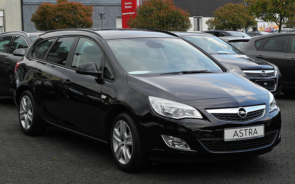 Opel Astra Sports Tourer 130 CH COSMO Diesel