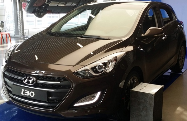 Hyundai i30 100 CH PACK INVENTIVE LIMITED Essence