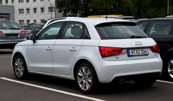 Audi A1 Sportback 90 CH ATTRACTION Diesel