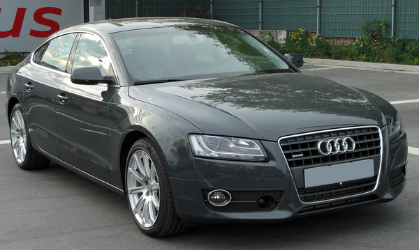 Audi A5 Sportback 143 CH ATTRACTION Diesel