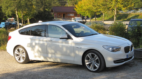 BMW Série 5 TOURING 528I 245 CH LUXURY A Essence