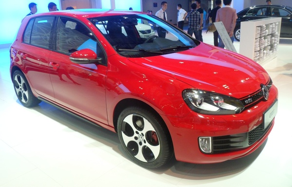 Volkswagen Golf 7 300 CH 4MOTION R Essence