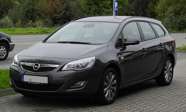 Opel Astra Sports Tourer 110 CH COSMO Diesel