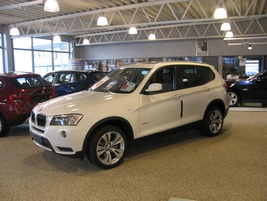 BMW X3 X3 SDRIVE18D 150CH BUSINESS Diesel