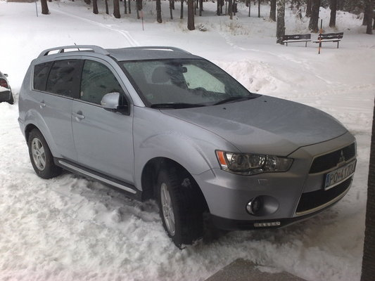 Mitsubishi Outlander 150 CH INSTYLE 4WD A Diesel