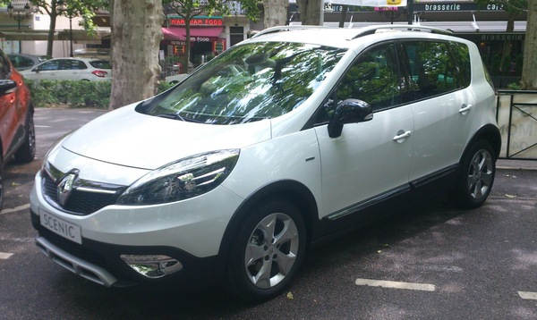 Renault Scenic 130 CH BOSE EDITION Diesel