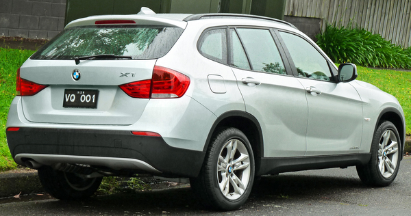 BMW X1 X1 SDRIVE 20D 184 CH LOUNGE PLUS A Diesel